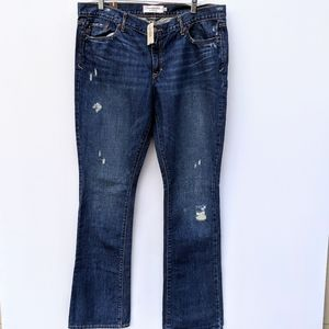 Abercrombie and Fitch NWT Jeans Size 12R